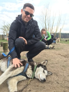 giving pets to Eda pre-hike